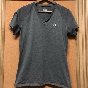 Under Armour Heat Gear Athletic T-shirt- Loose Fit